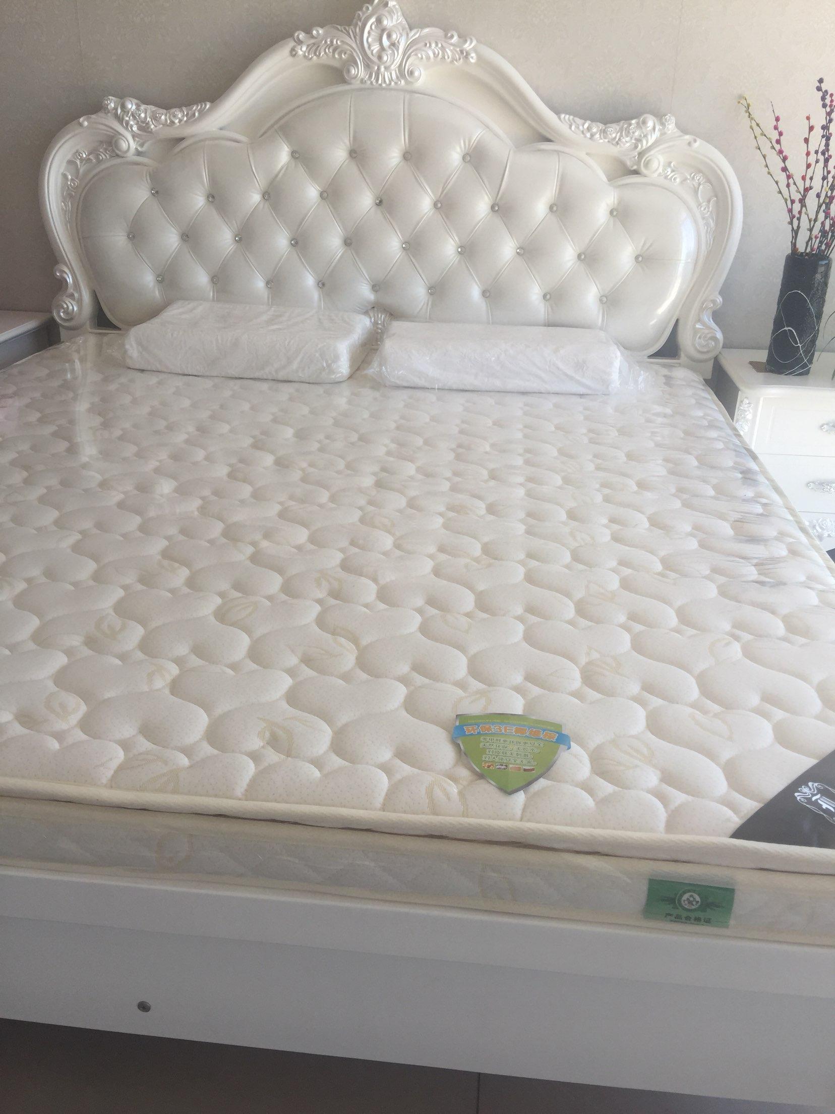 实木床箱子高端床垫